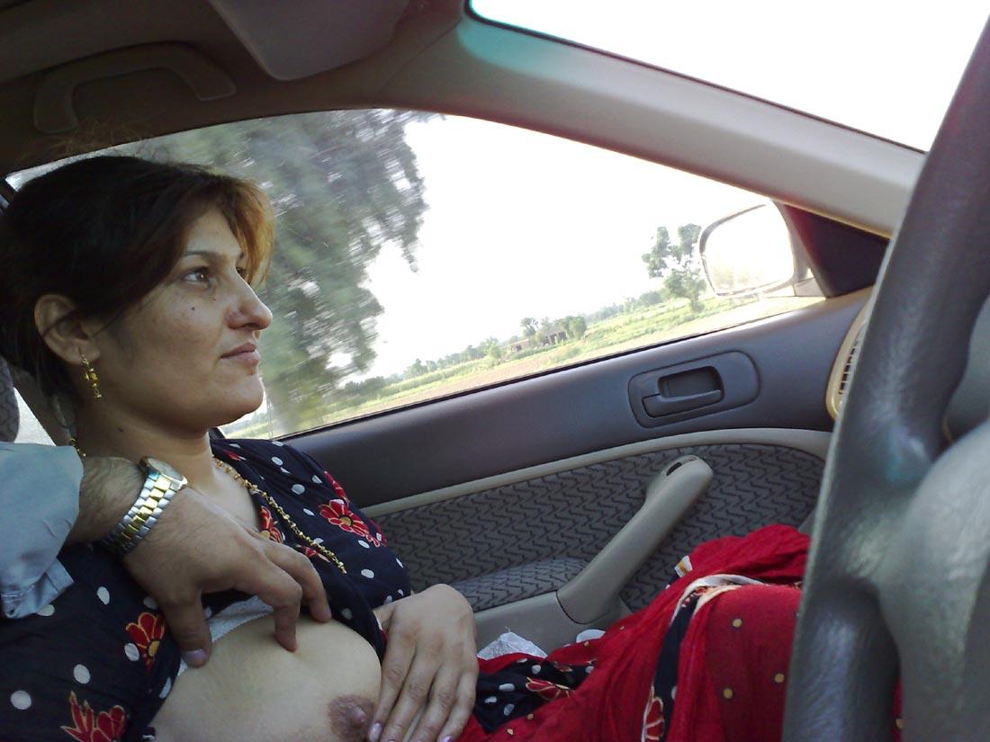 Wife nude in car