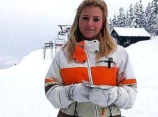 Blonde deutsche schlampe in der kuche gefick free videos