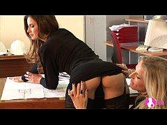 Viv thomas lesbian boss